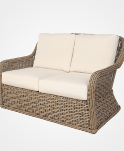 Tips on How to Maintain Outdoor Furniture in Hotels and Restaurants